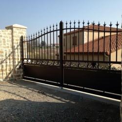 Portails Alu posé par Art Renov à Vénérand près de Saintes