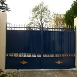 magnifique portail Aluminium posé dans une villa au Domaine des fées près de Saint Palais sur Mer