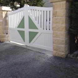 portail installé par Art Renov pour une maison de Saint George de Didonne