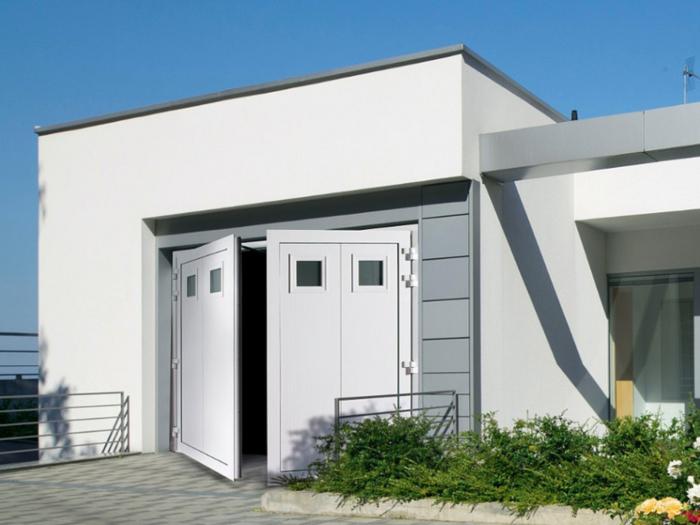 porte de garage battante blanche posé à Saint Savinien
