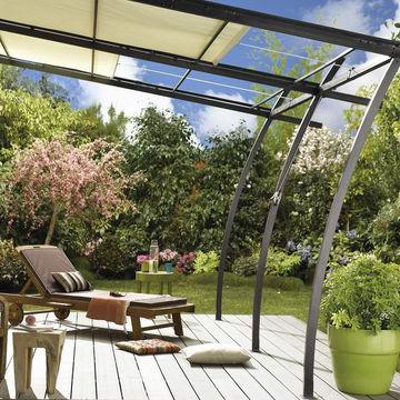 Store de couverture repliable d'une Villa à Ronce les Bains